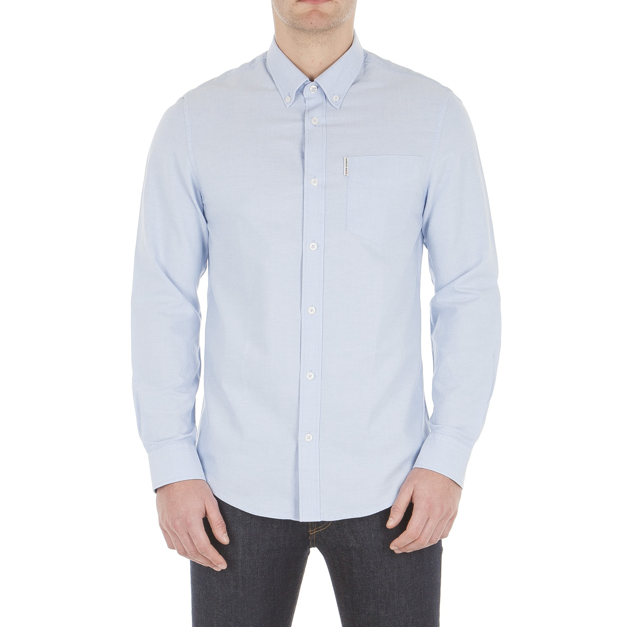 How to Wear an Oxford Shirt Easily one of the best shirts for men, the humble Oxford shirt for men is a time-honoured wardrobe essential that every guy should own. The ultimate shirt for both casual and formal looks, and with such a variety of colours and fabrics, you'll always find the best oxford shirt .