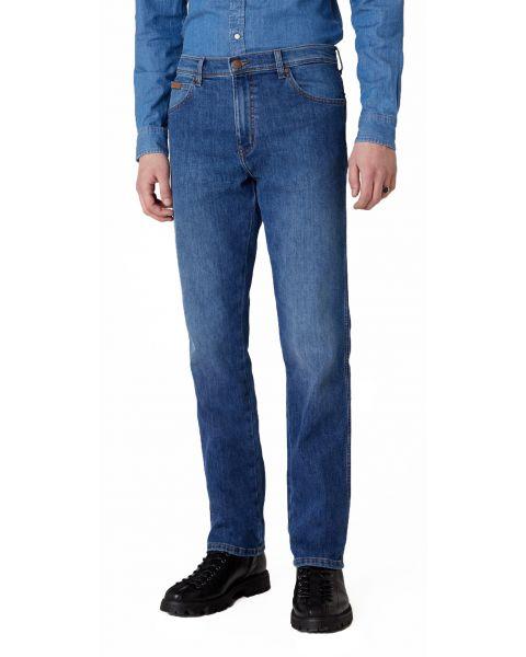 Wrangler Texas Stretch Denim Jeans Hot Rock | Jean Scene