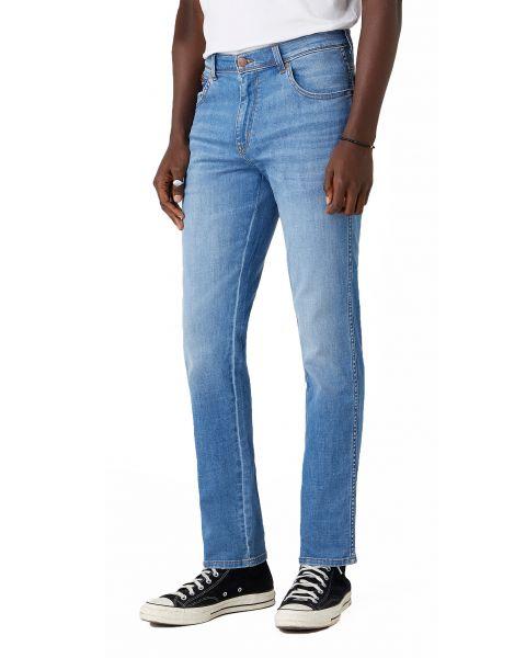 Wrangler Texas Slim Denim Jeans Light Strike | Jean Scene